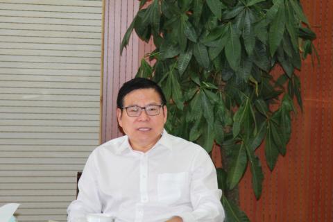 公司召开5月份党委中心组学习会